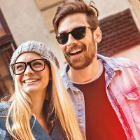 Teenies mit Handy